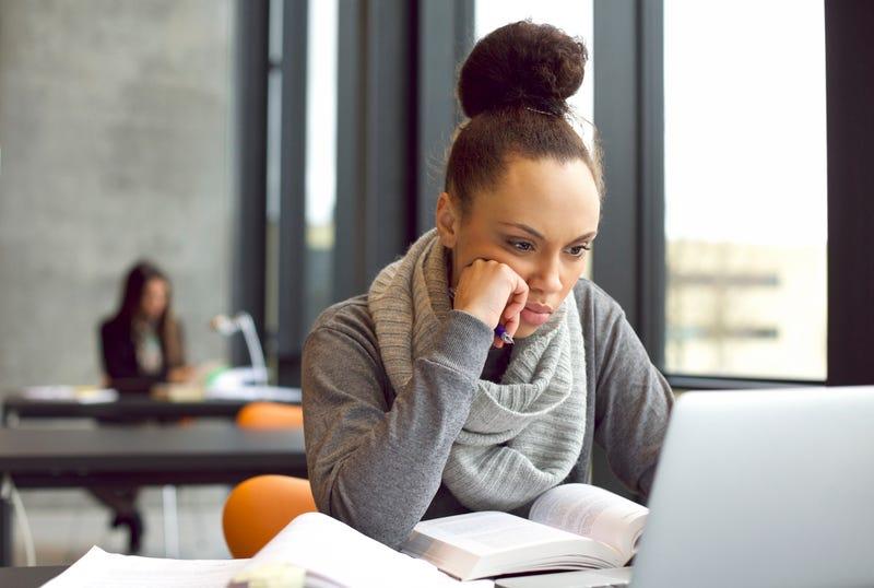 come scrivere la tesi di laurea senza impazzire